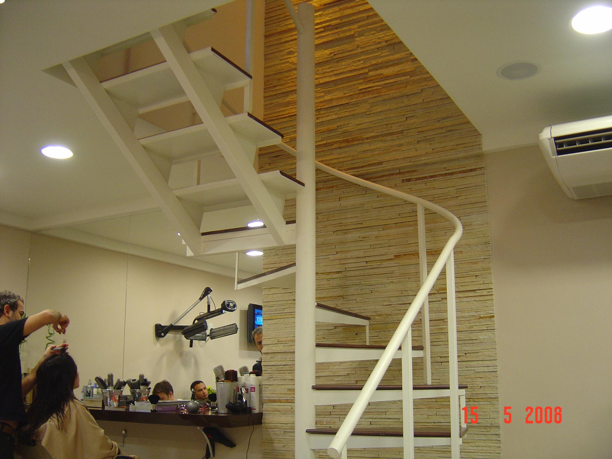 Escadas 04
